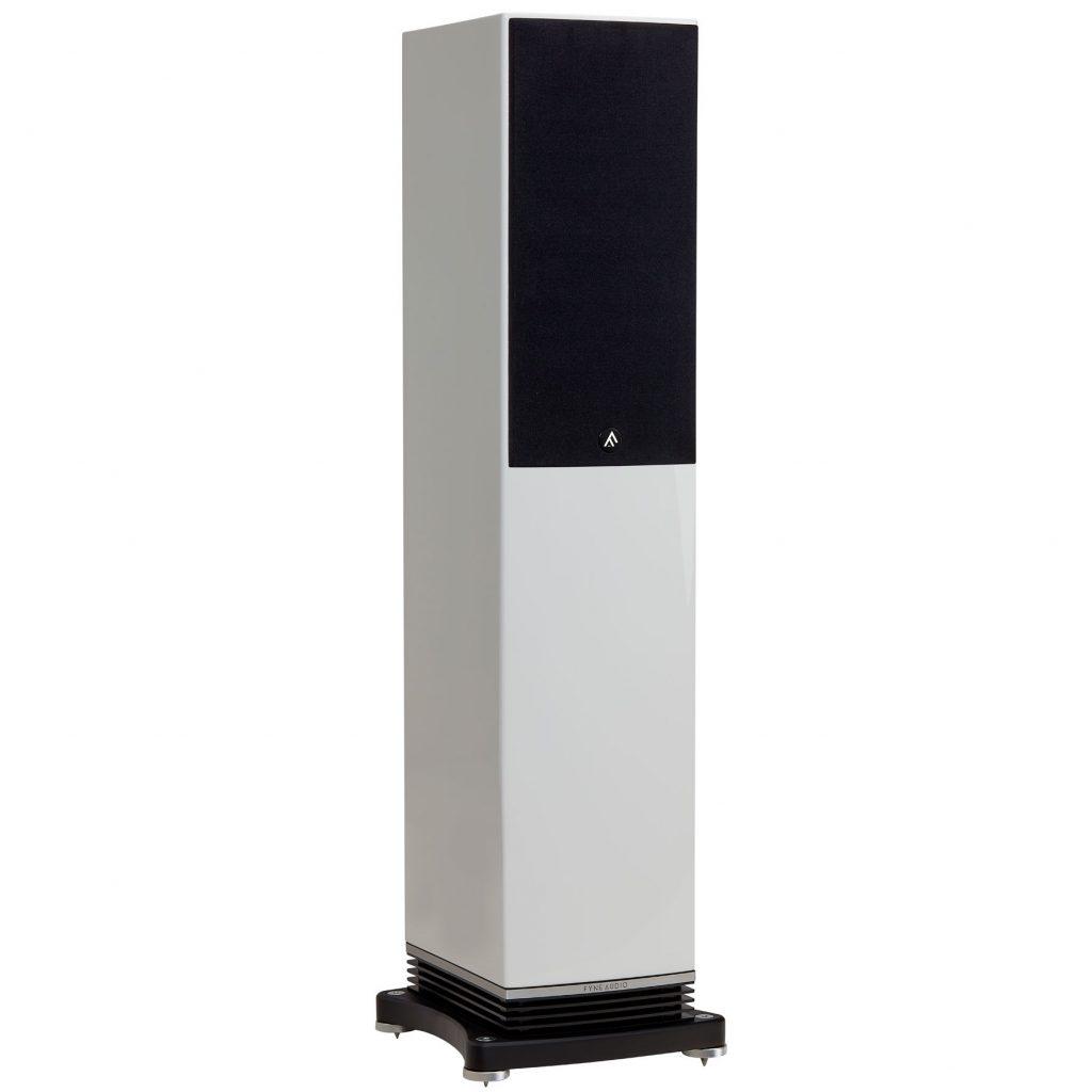 Fyne Audio F501 Enceinte colonne Haute fidélité en vente et démonstration dans notre Showroom à paris finition piano laqué blanc