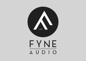 fyne audio enceintes haute-fidélité en démonstration dans notre salon d'écoute à Paris 16